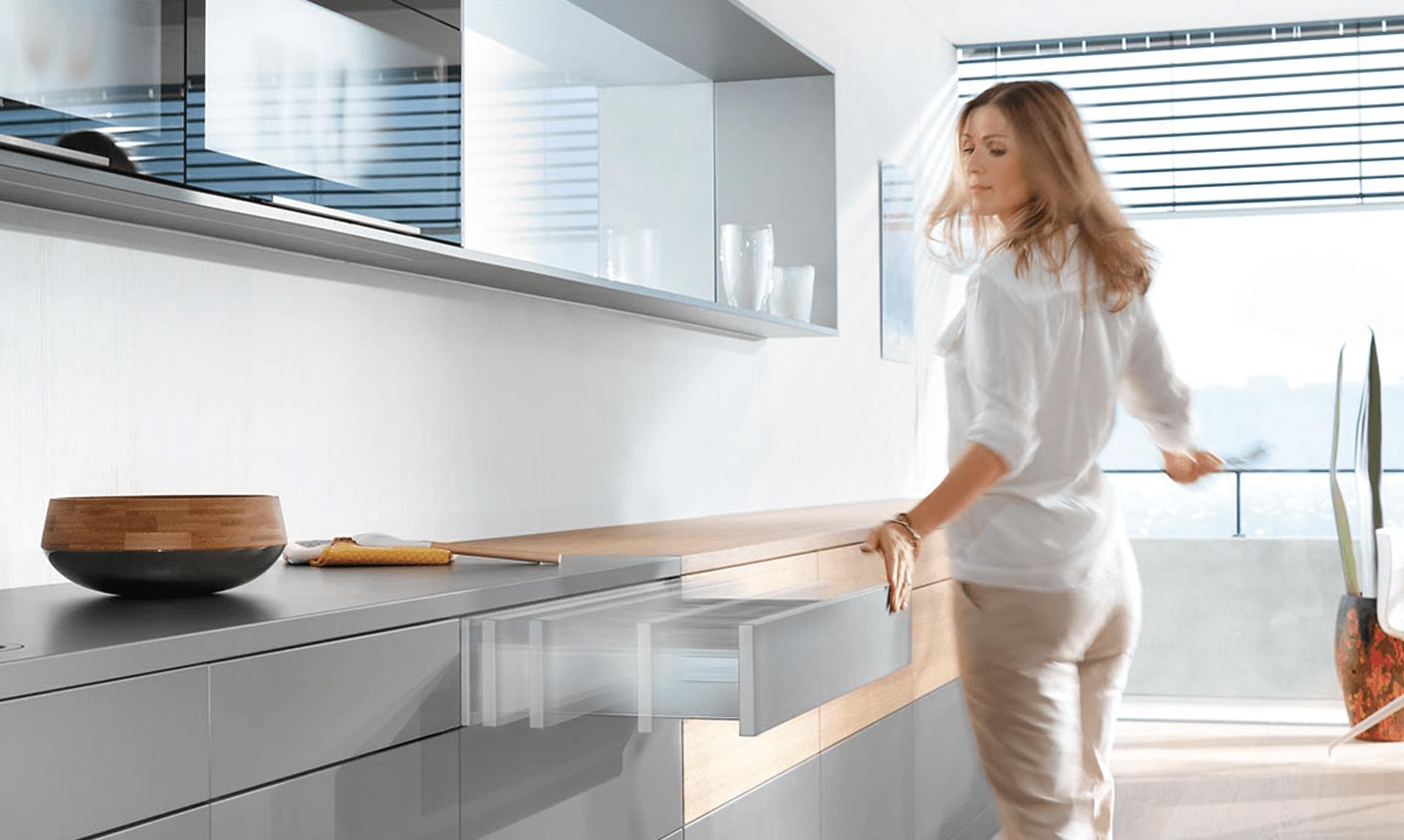 Gli accessori cucina Blum - Vendita Cucine Lube e Creo a Corsico
